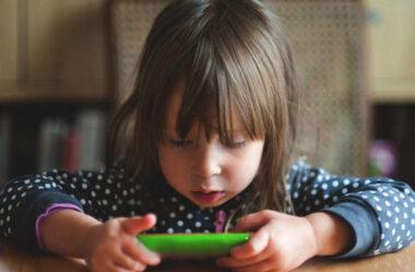 A importância de limitar o tempo de tela das crianças